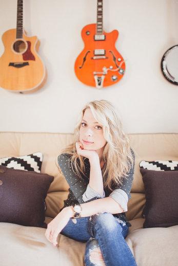Portrait of Sara Lindsay