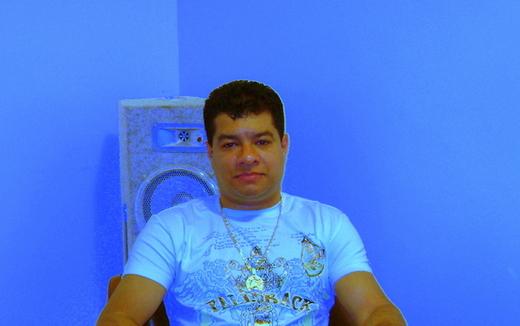 Portrait of dj ivaldo music dance,