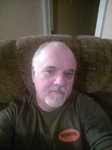 Portrait of Larry Fleetwood