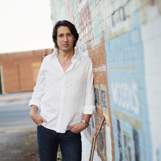 Portrait of Lee Gibson