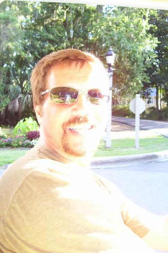 Portrait of Scott Taylor