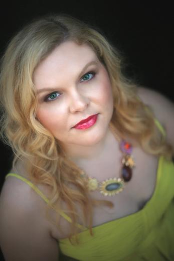 Portrait of Melanie Evans