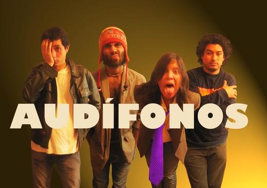 Portrait of Audifonos