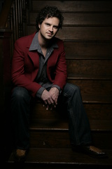 Portrait of Ryan Hanlin
