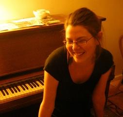Portrait of Lara Ruggles