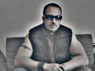Portrait of Jon Van Damn