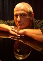 Portrait of DORON PICKER